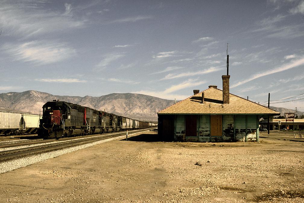 SP_7495_Mojave_Depot_Aug_90xRP_-_Flickr_-_drewj1946.jpg
