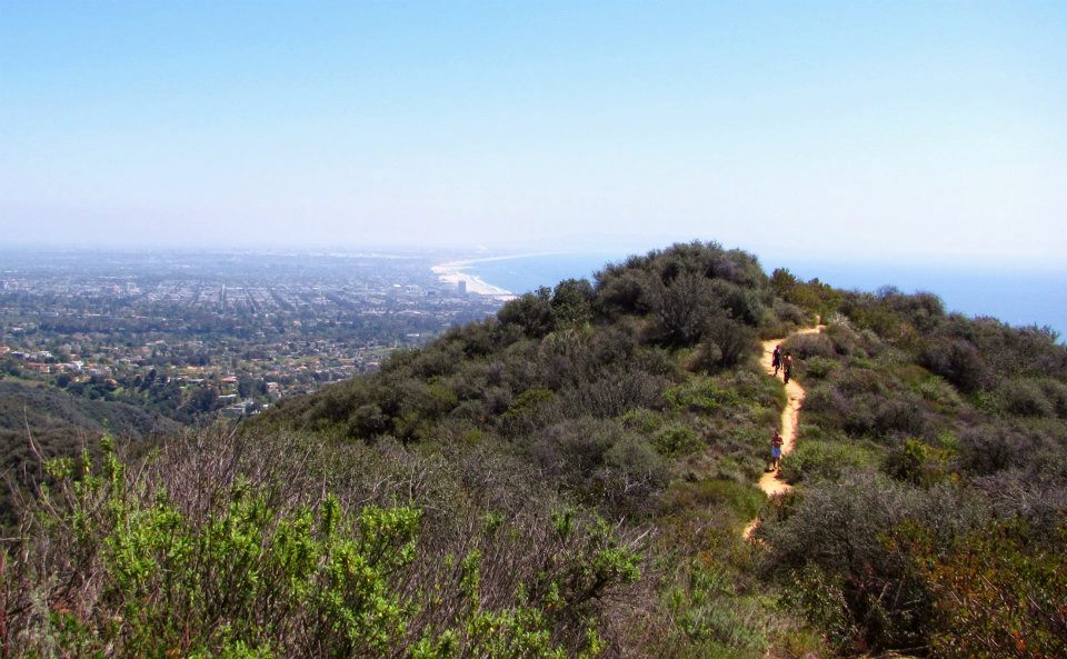 PEAK: TEMESCAL CANYON AND LAKE SHRINE - DIFFICULTY: 2/5SCENERY: Waterfall, wildflowers, ocean viewsFUN FACT: Lake Shrine, where Dean Soni will give us a tour after the hike, is a spiritual sanctuary for meditation and prayer. Check it out: here