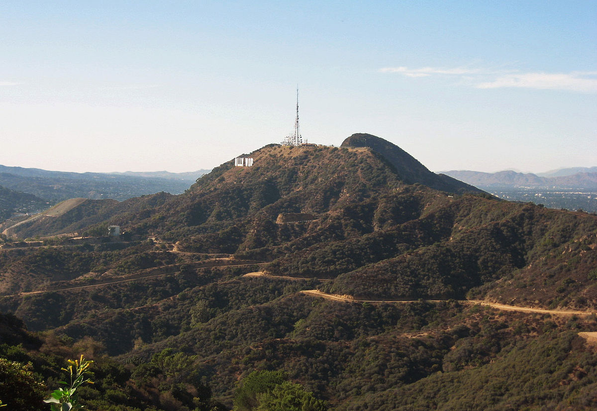 hollywoodsign4.jpg