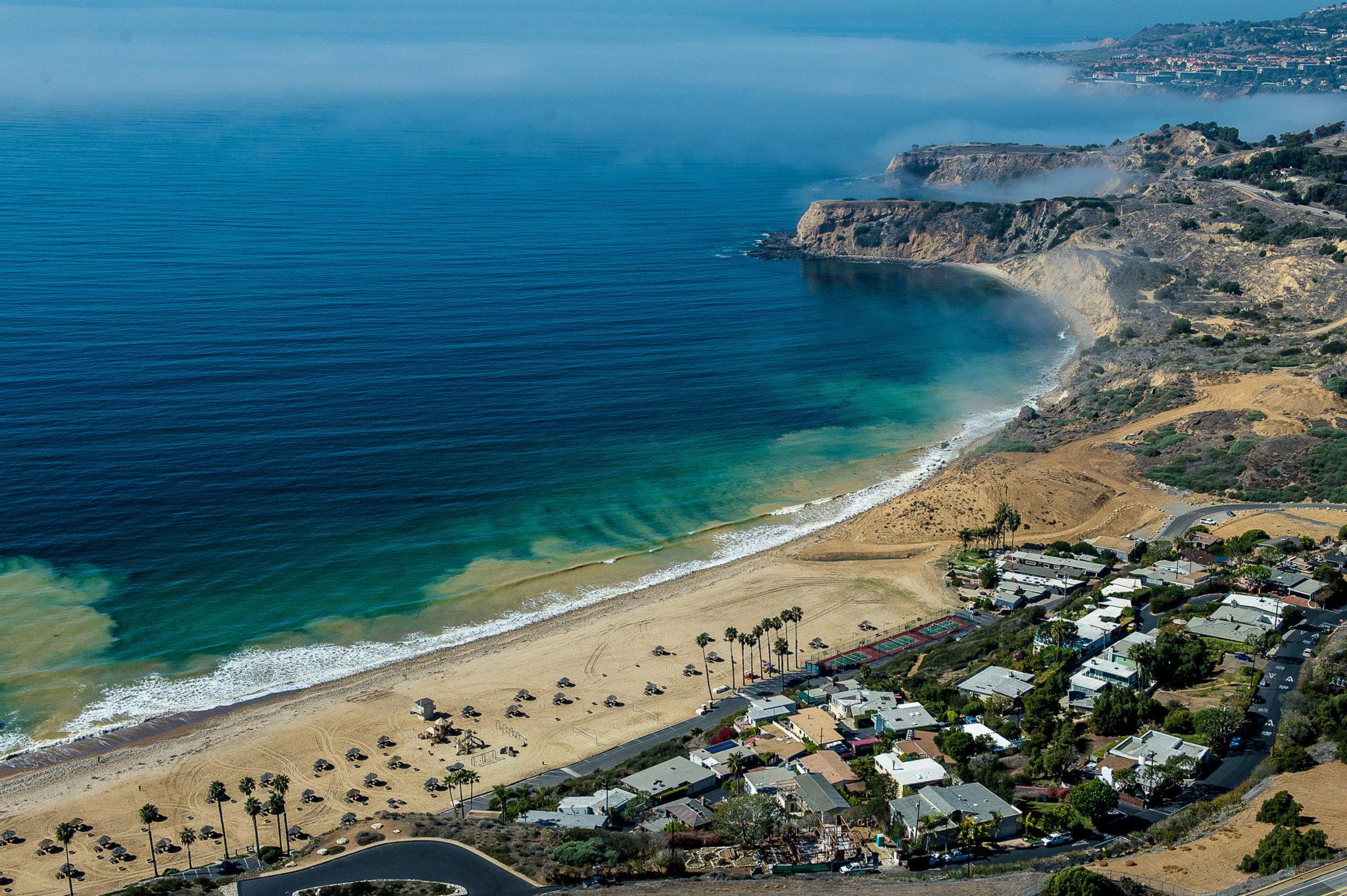 portuguese-bend-beach-club-2.jpg