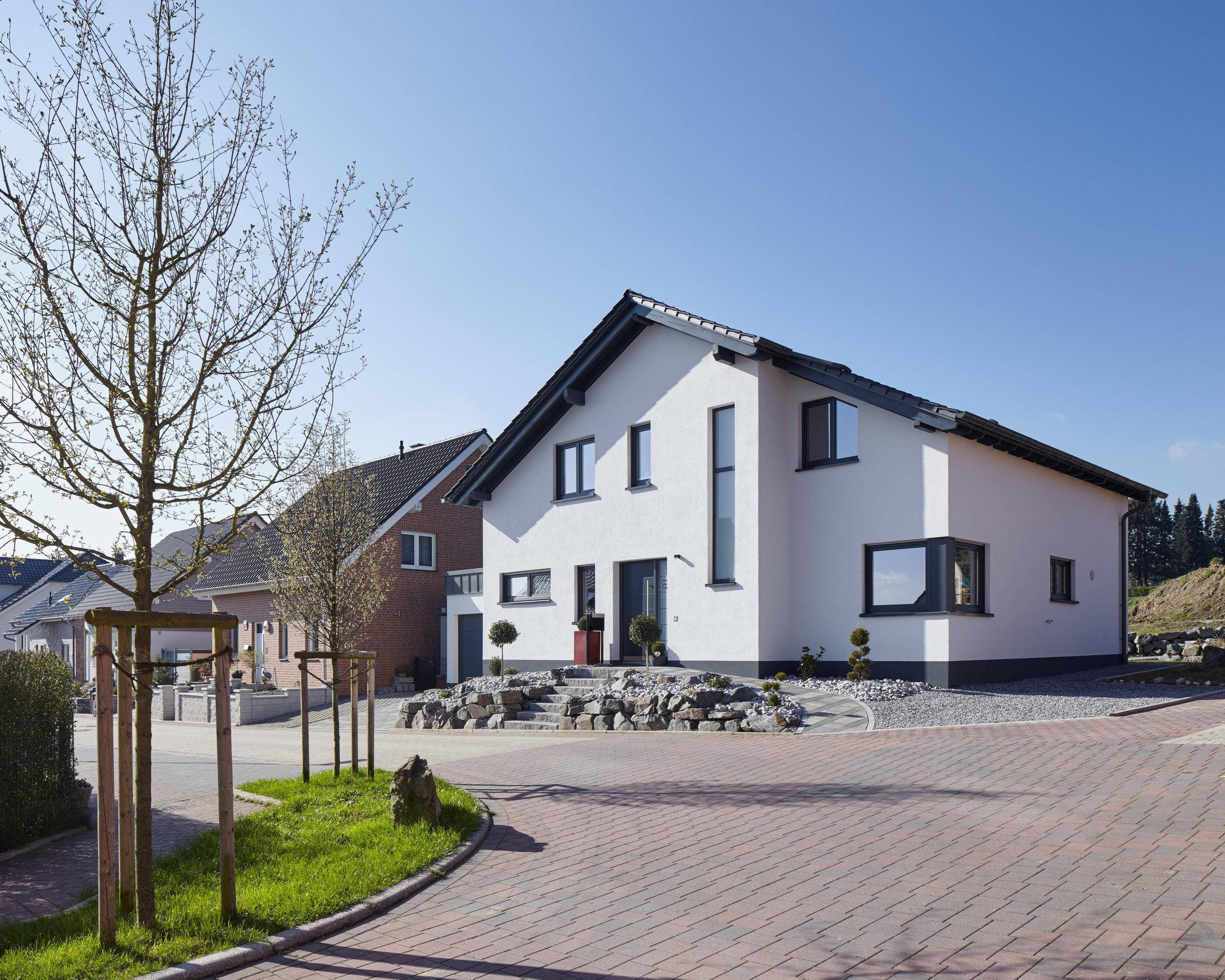 einfamilienhaus-bauen mit der sonne-ennepetal-05.jpg