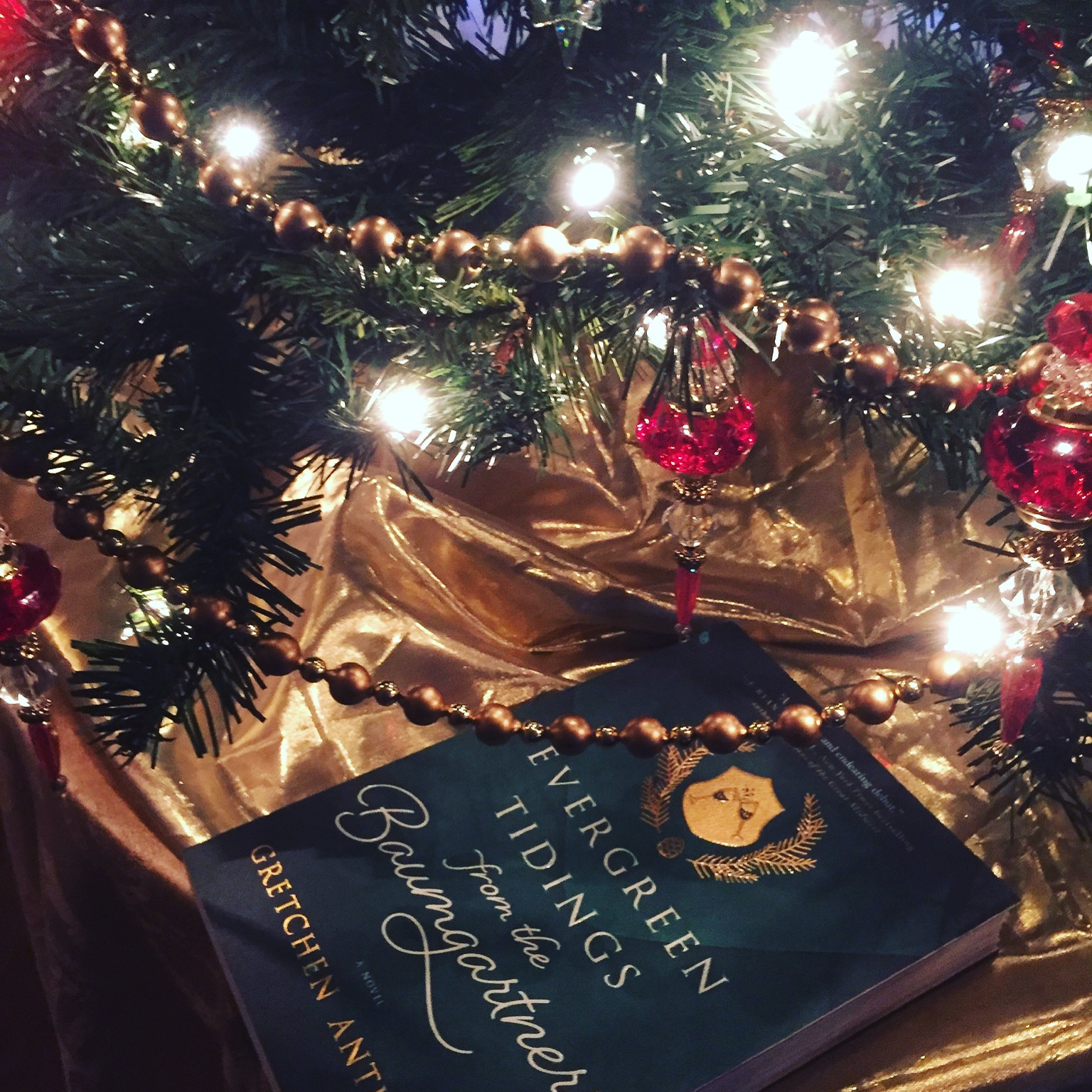 Book Review for EVERGREEN TIDINGS FROM THE BAUMGARTNERS by Gretchen Anthony