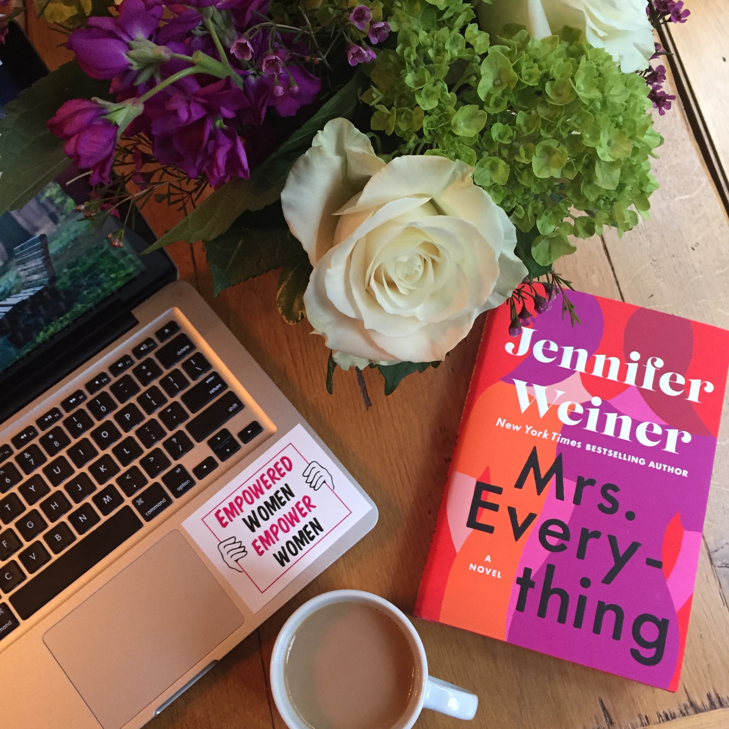 * Book Review for MRS. EVERYTHING by Jennifer Weiner *