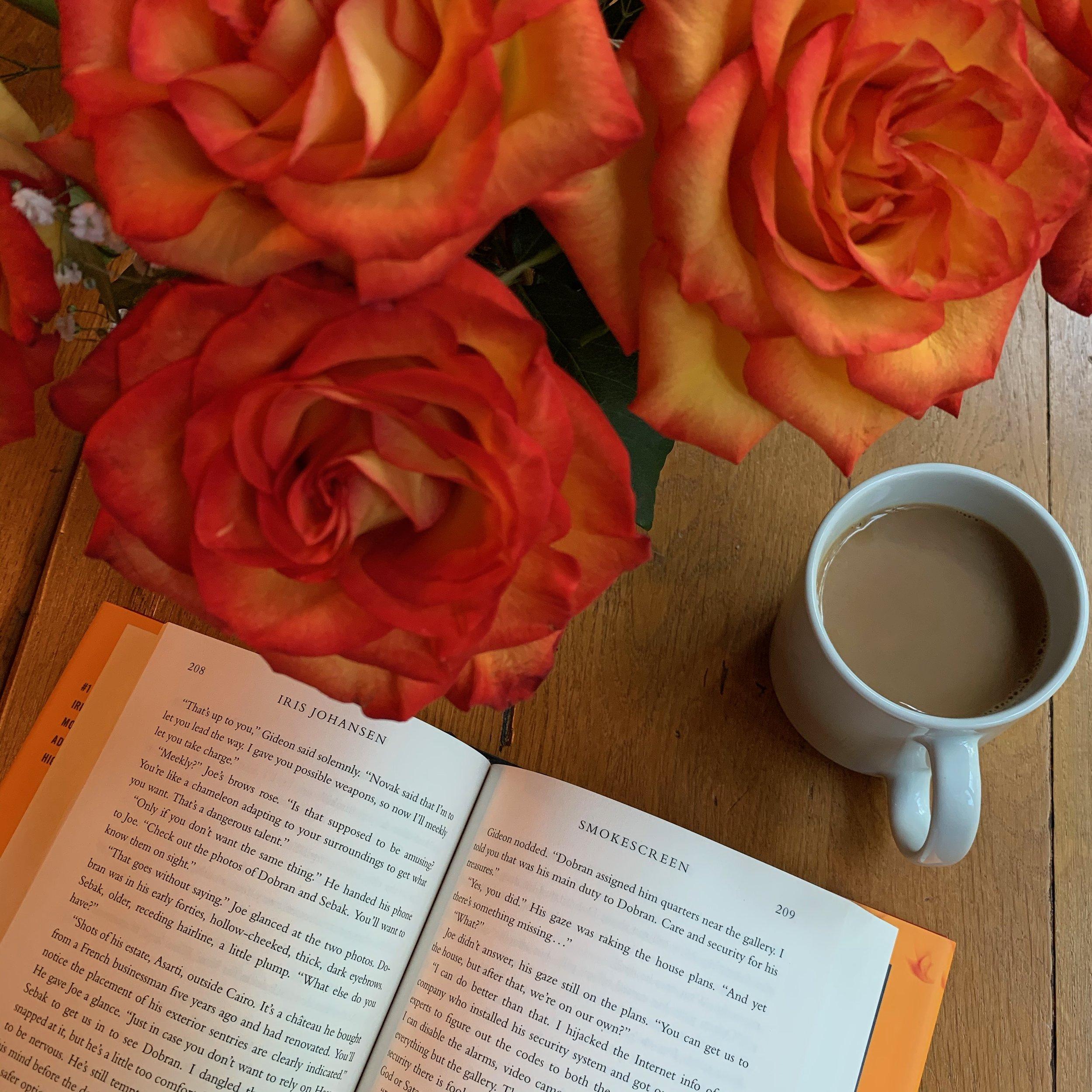 ** Book Review for SMOKESCREEN by Iris Johansen **