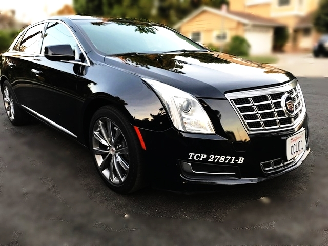 Luxury Sedan Service - California Choice Limo Service provides one of the best and most affordable sedans service in Valley Village. Learn more about us and reserve for your airport transfer or event today.