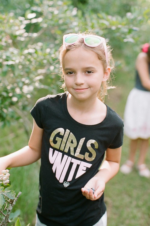Summer Blueberry Picking Kids on Film Mississippi-15.jpg