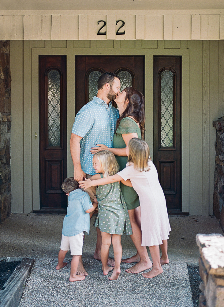 Mississippi Family Photographer Lifestyle Film In-Home-10.jpg