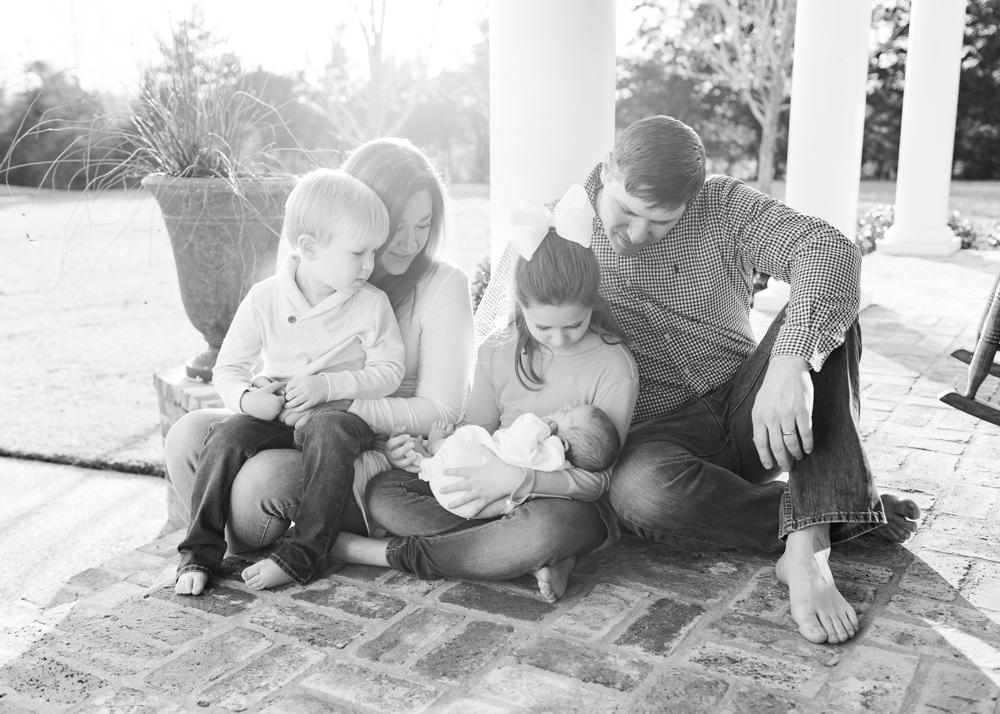 Newborn Lifestyle Family Photography Mississippi-23.jpg