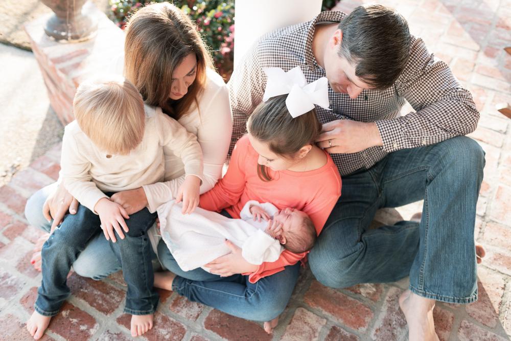 Newborn Lifestyle Family Photography Mississippi-24.jpg