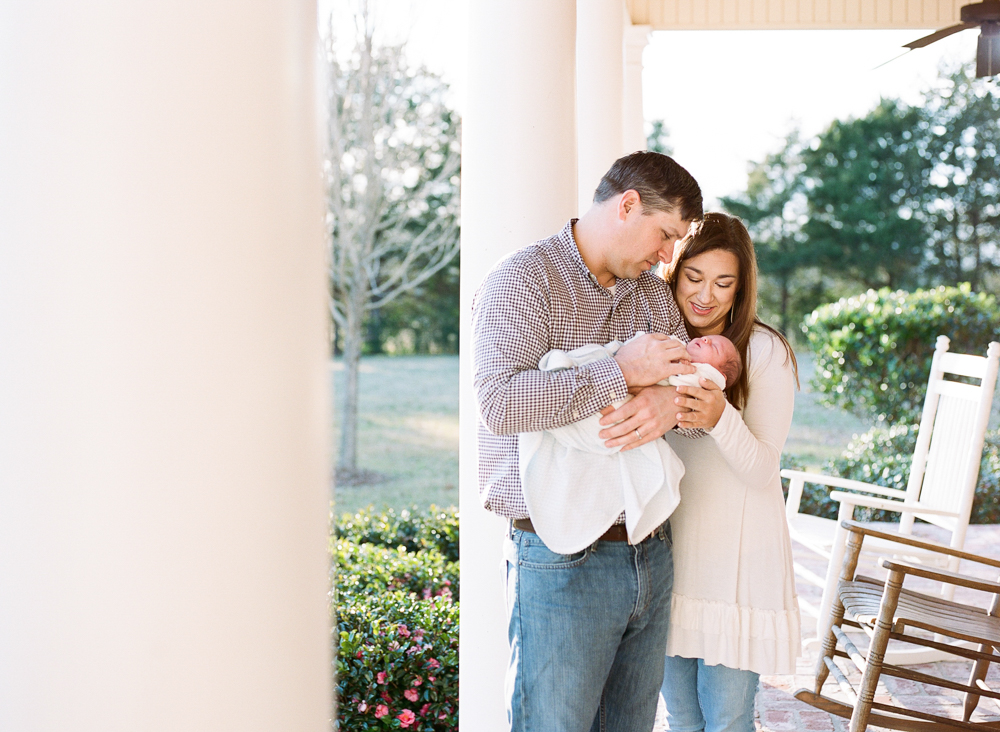 Newborn Lifestyle Family Photography Mississippi-30.jpg