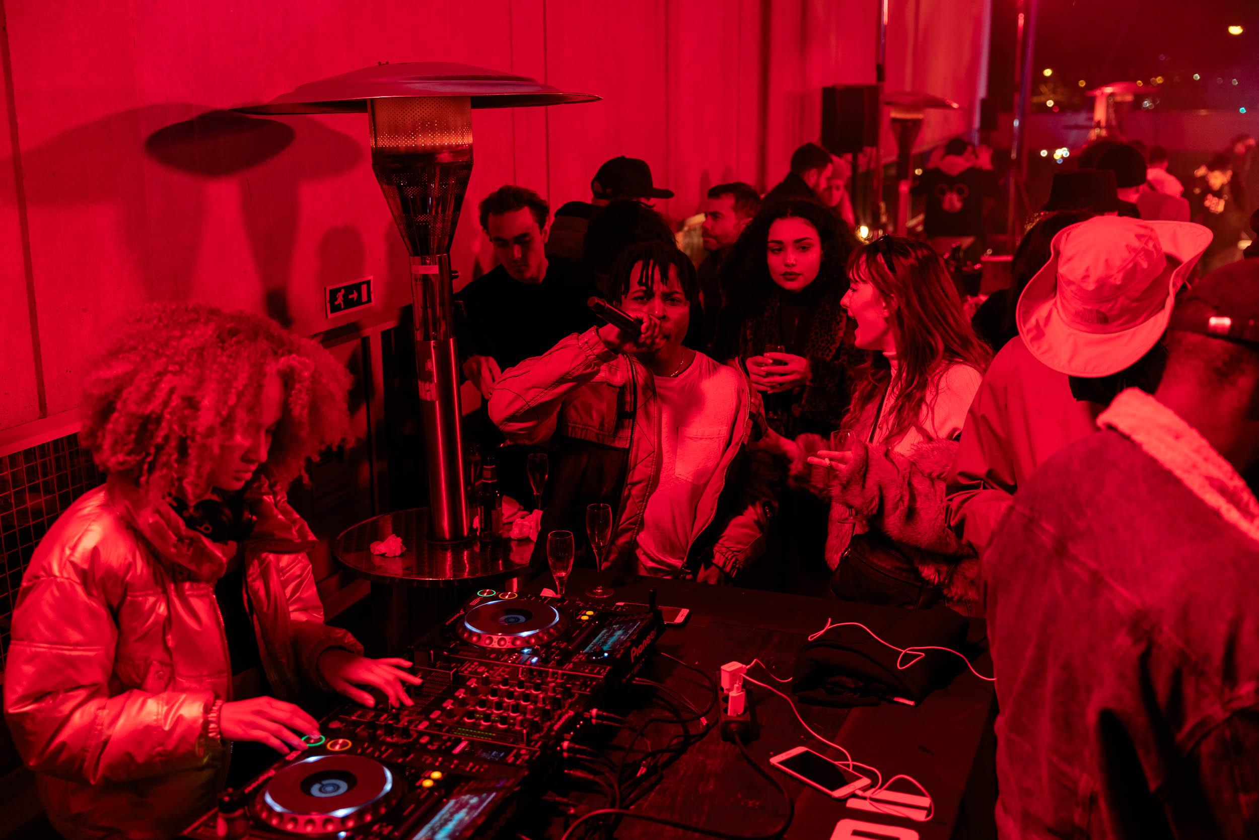 DJ Set by Carla Genus
