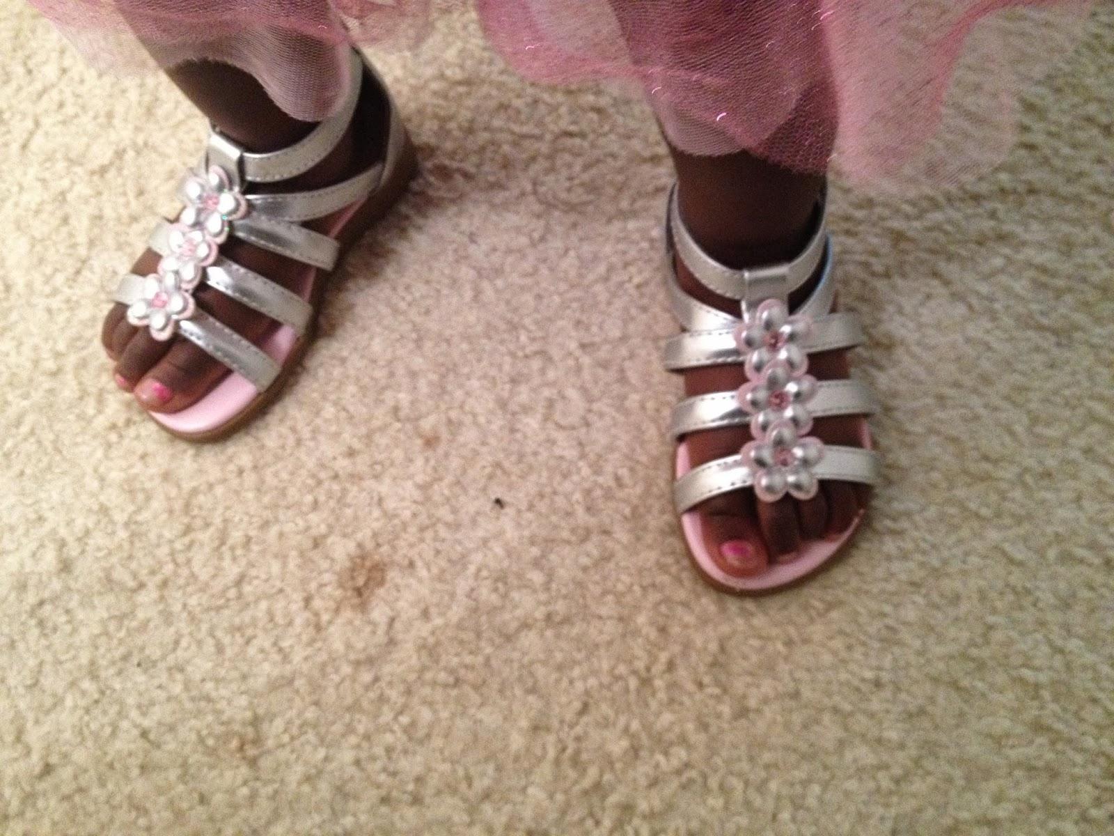 Big Girl's 2 year old feet.