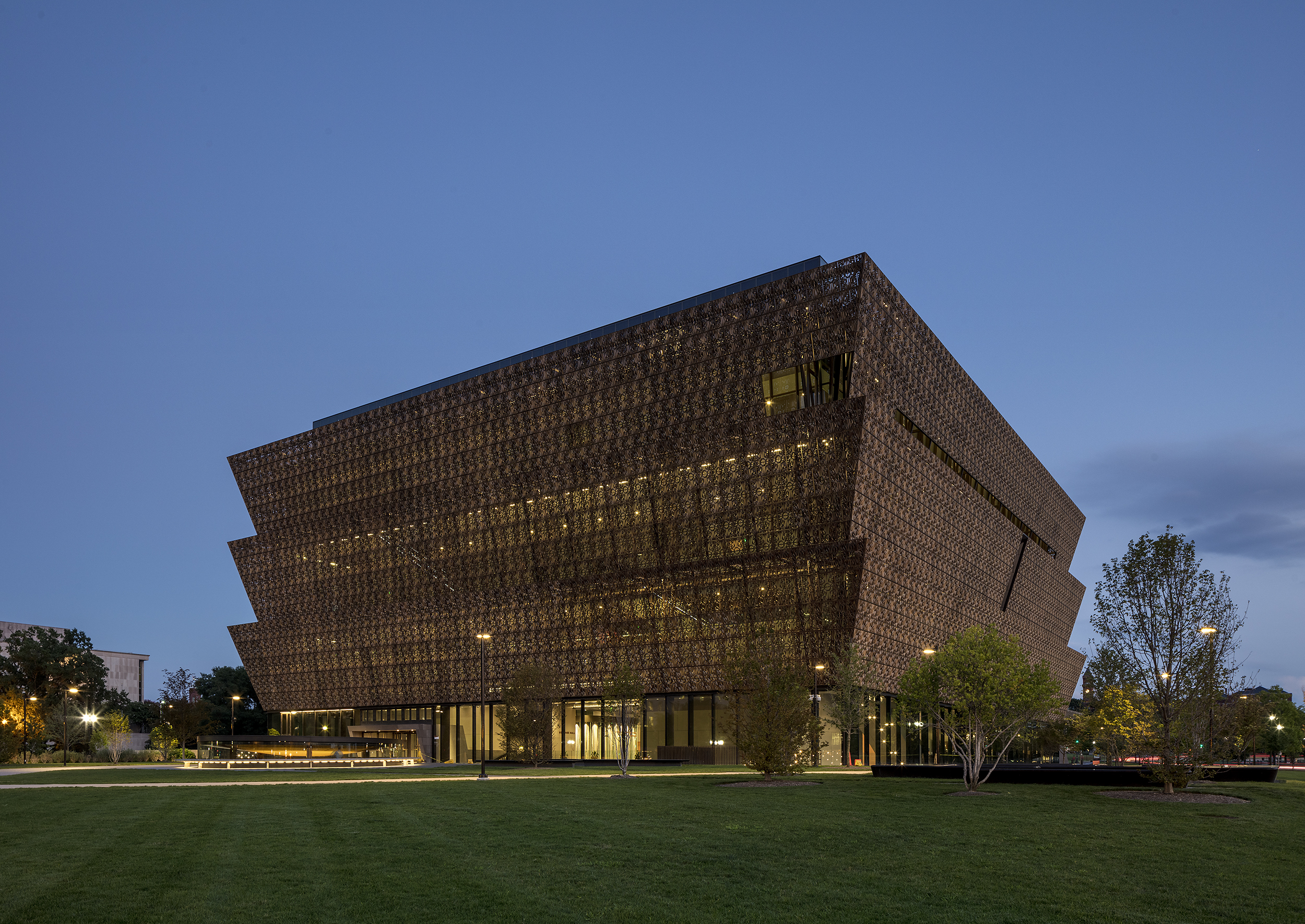 National Museum of African American History and Culture    Adjaye Associates