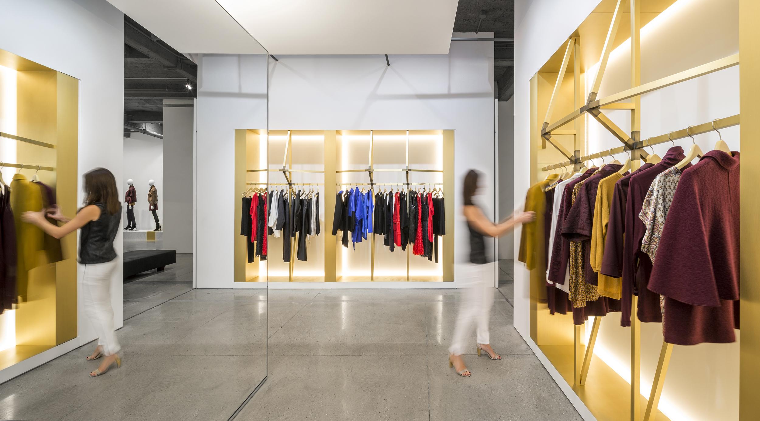 Worth Showroom   Architecture + Information