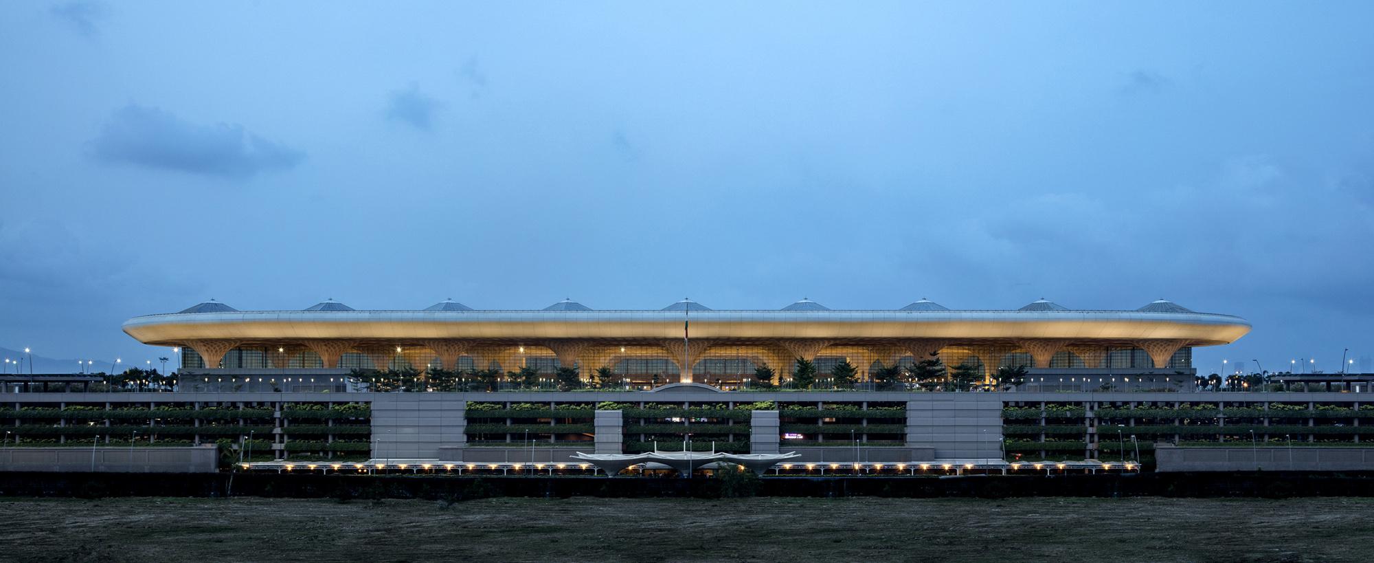 MumbaiAirport_001.jpg