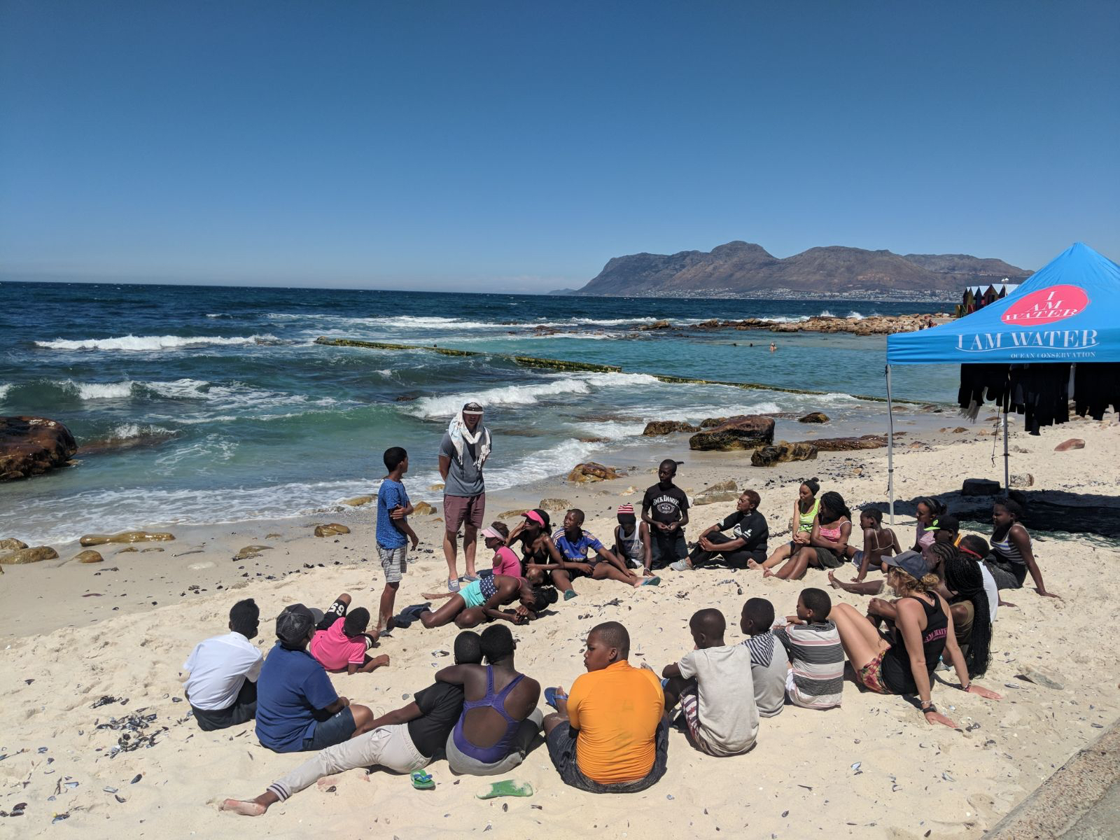 Day 1 of our two day workshop is run at a beautiful tidal pool. Getting to know the team, yoga, mindfulness & breath work, ocean lesson, rock-pool exploration, beach cleanup and snorkelling.