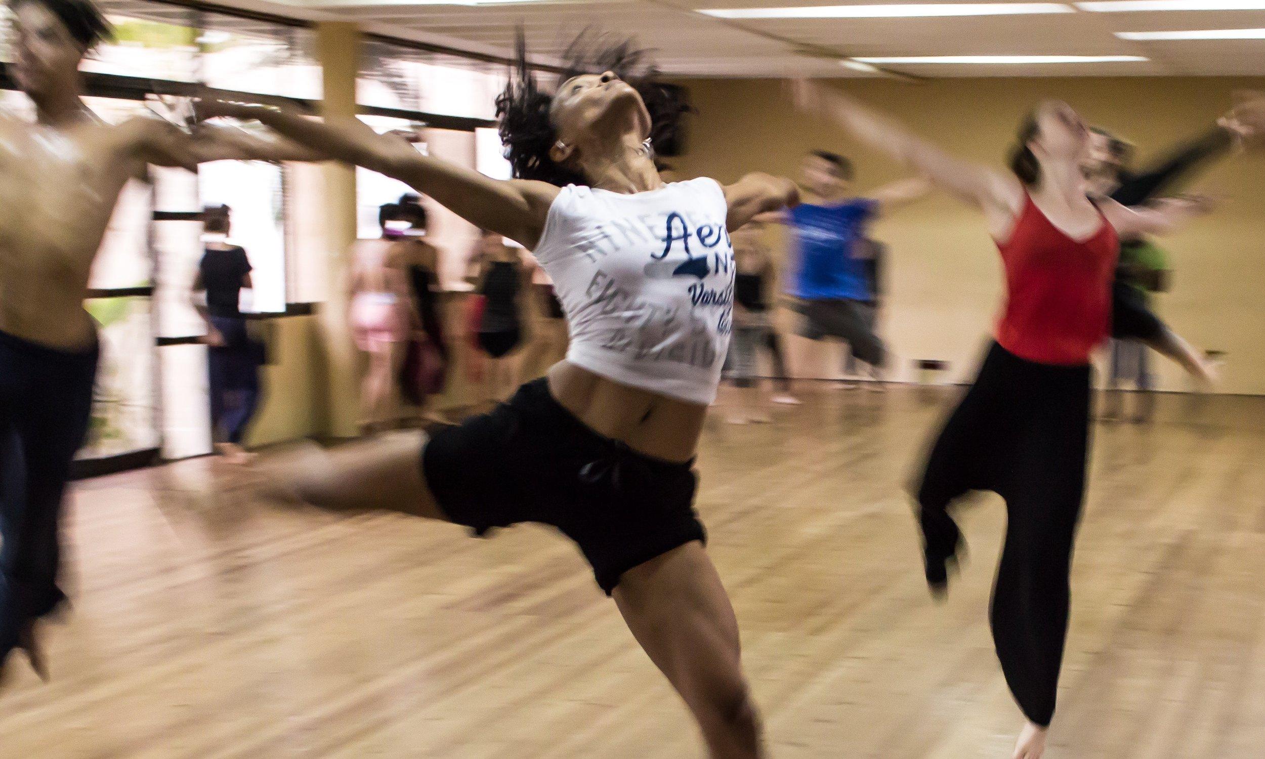 coach-dance-dancing-12312.jpg