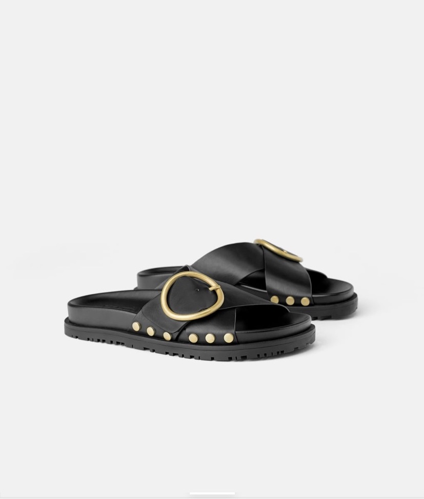 Studded Flat Sandals With Buckle
