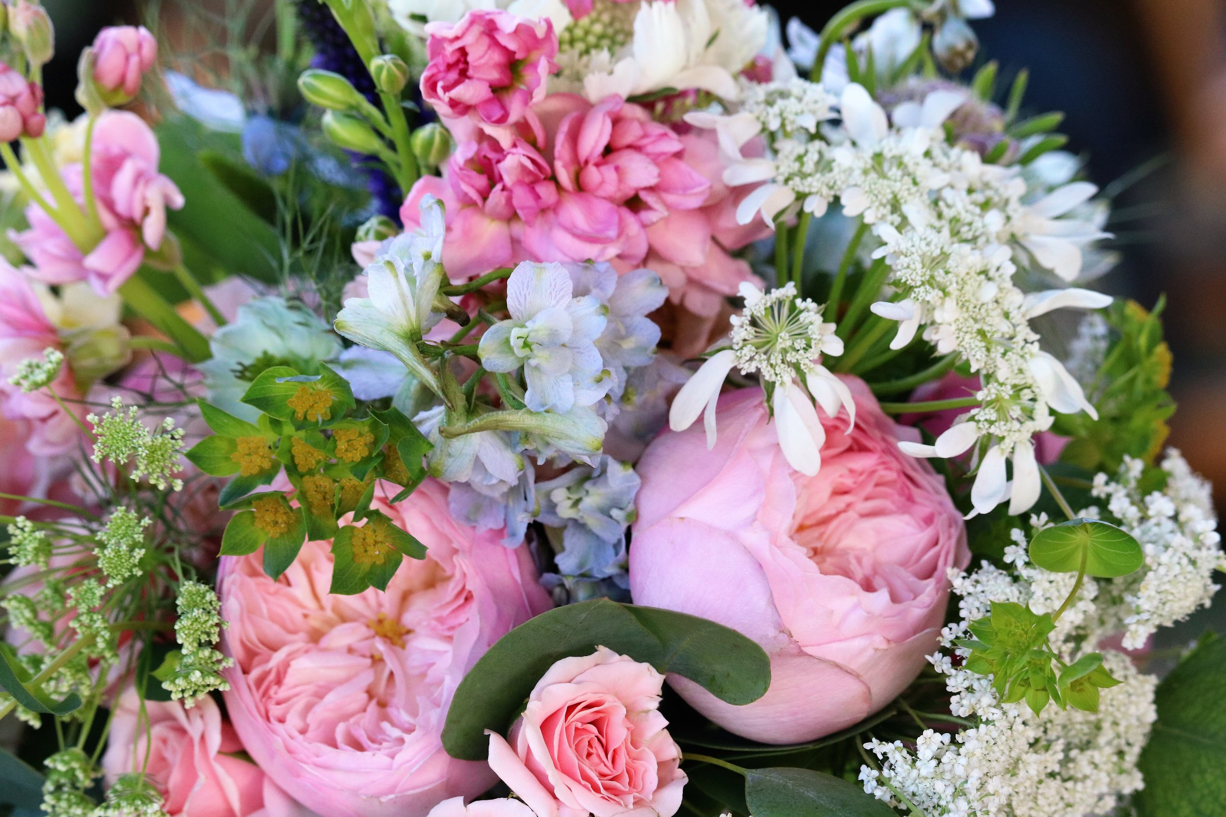 suehinesfloral wedding bouquet.jpg