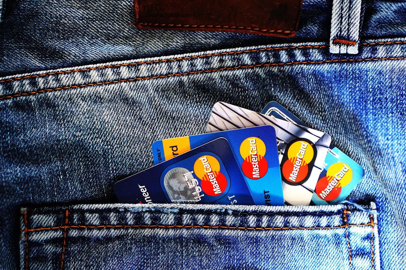 Can Open Banking help eliminate cash? Nordigen.jpg