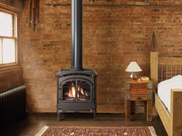 Kingsman-Fireplaces-Seattle-stove.jpg