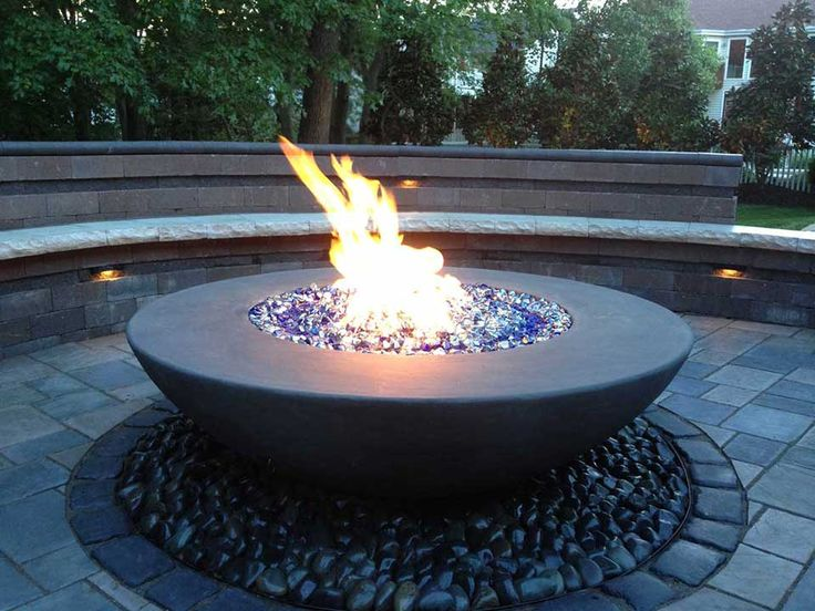 RH-Peterson-American-Fyre-Designs-Seattle_fire_bowl_blue.jpg