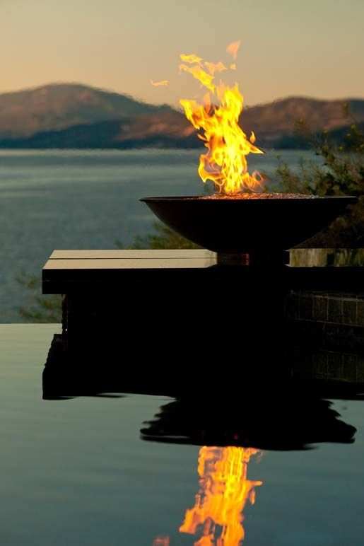 RH-Peterson-American-Fyre-Designs-Seattle-fire_bowl_pool.jpg