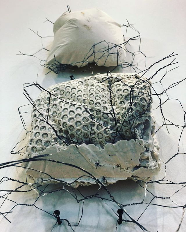 Need to get back to basics.... make some time in the next few months to get my creative flow going again.... summer projects in the pipe line!!! #needtogetbackinthegame #passion #needtime #summerprojects #flow #backinaction #mixedmedia #materials #dowhatidobest #3d #sculpture