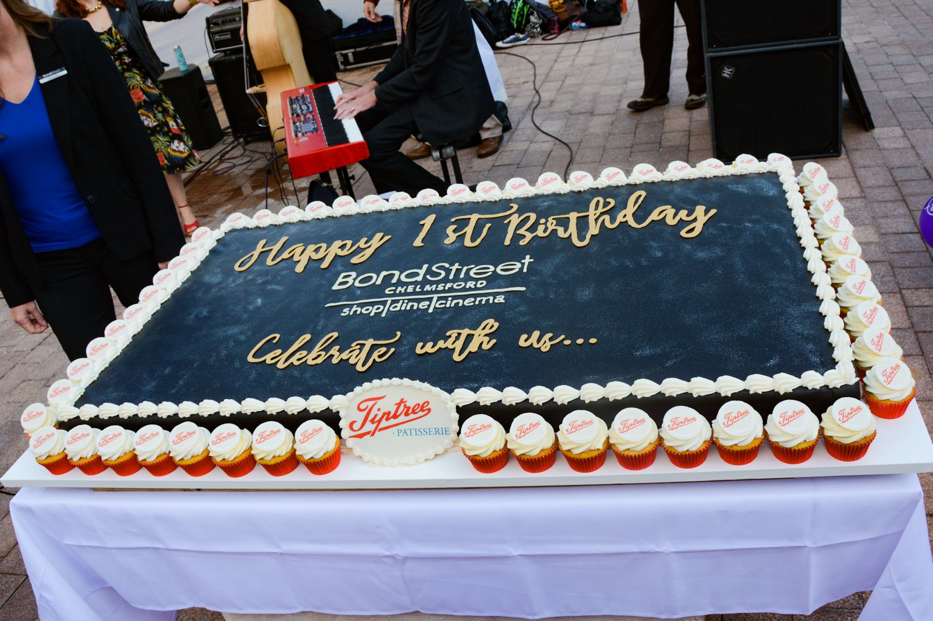 Bond-Street-first-birthday-cake.jpg