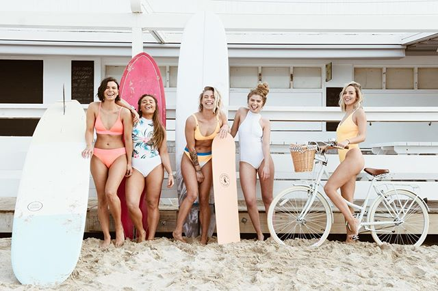 Days shooting with this girl gang 👌🏻 They are my favouritist of days @ripcurl_women