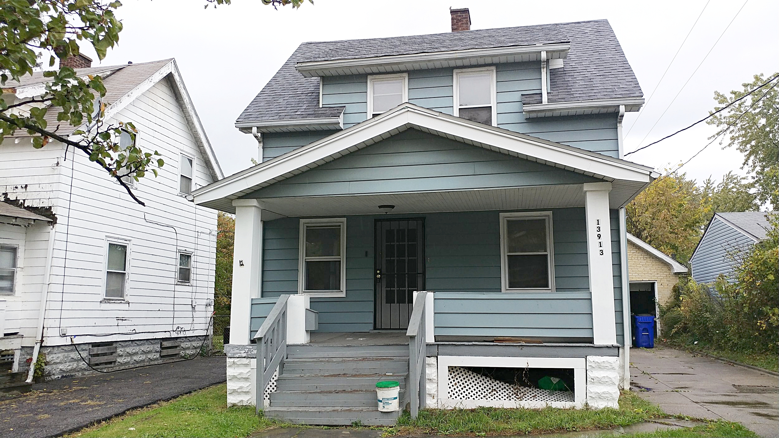13913 Melzer Ave., Cleveland |2 bed 1 bath | 968 Sq. Ft. | $16,250