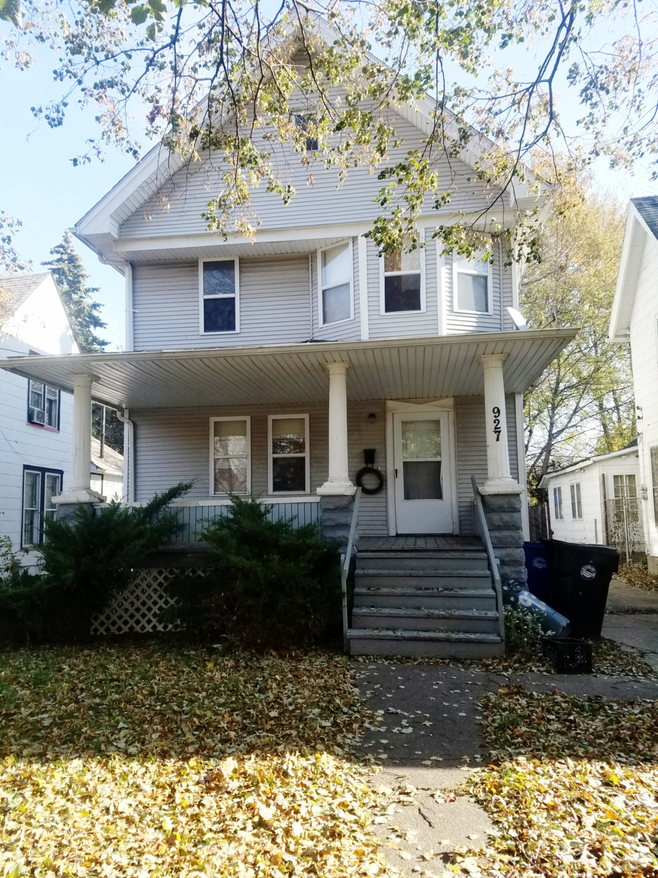 927 E 149 St., Cleveland | 3 bed 1 bath | 1,316 Sq. Ft. | $23,275