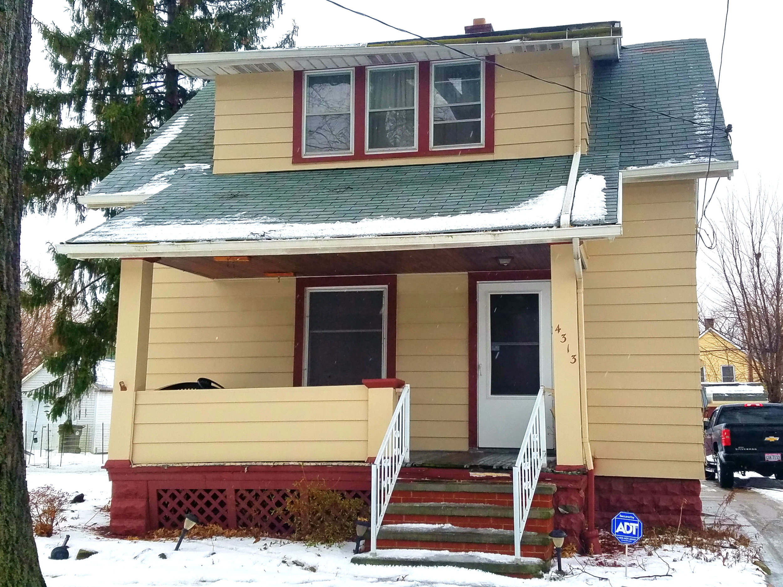 4313 Germaine Ave., Cleveland | 2 bed 1 bath | 1,056 Sq. Ft. | $25,000