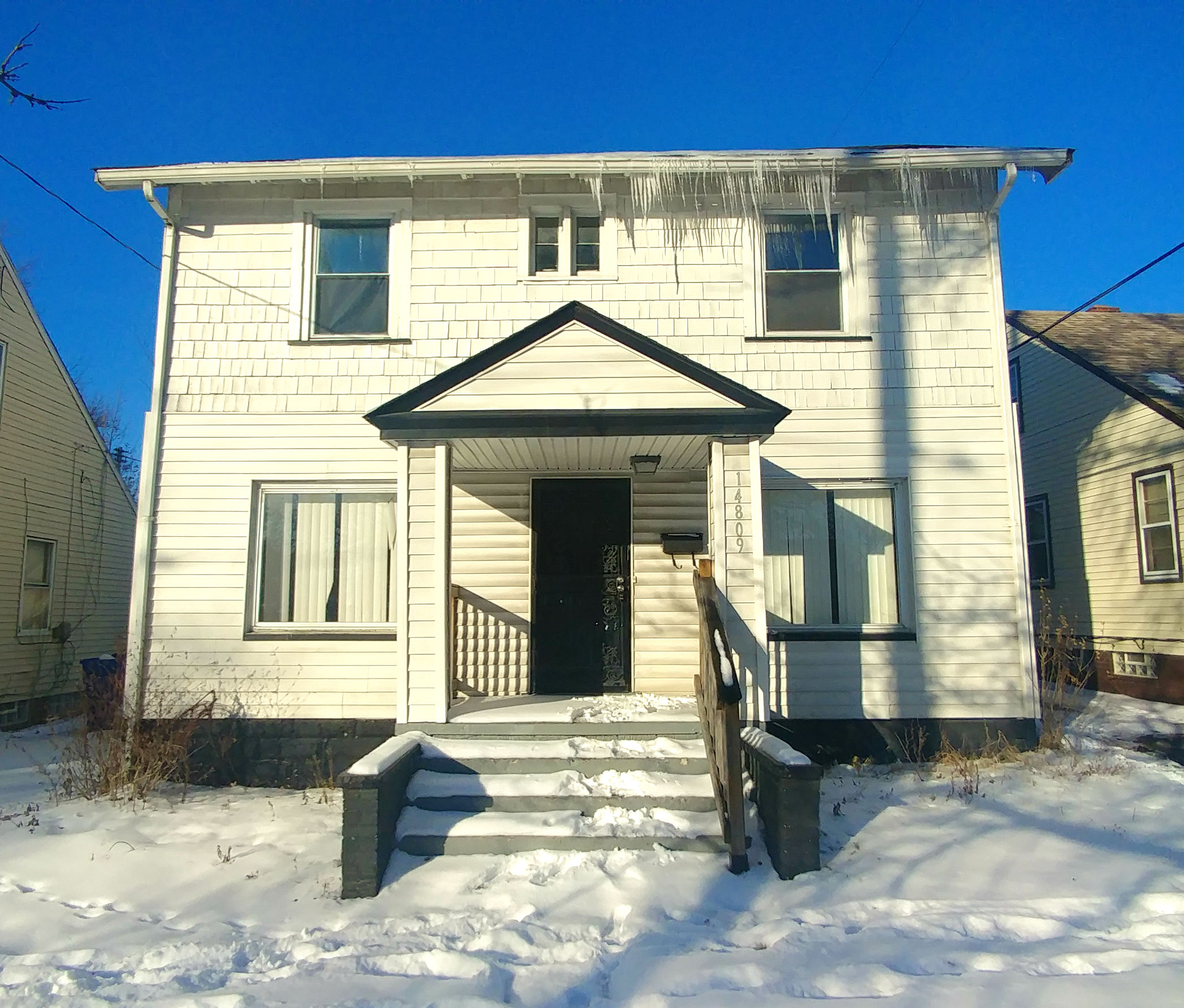 14809 Harvard Ave., Cleveland | 2 bed 1 bath | 1,120 Sq. Ft. | $26,000