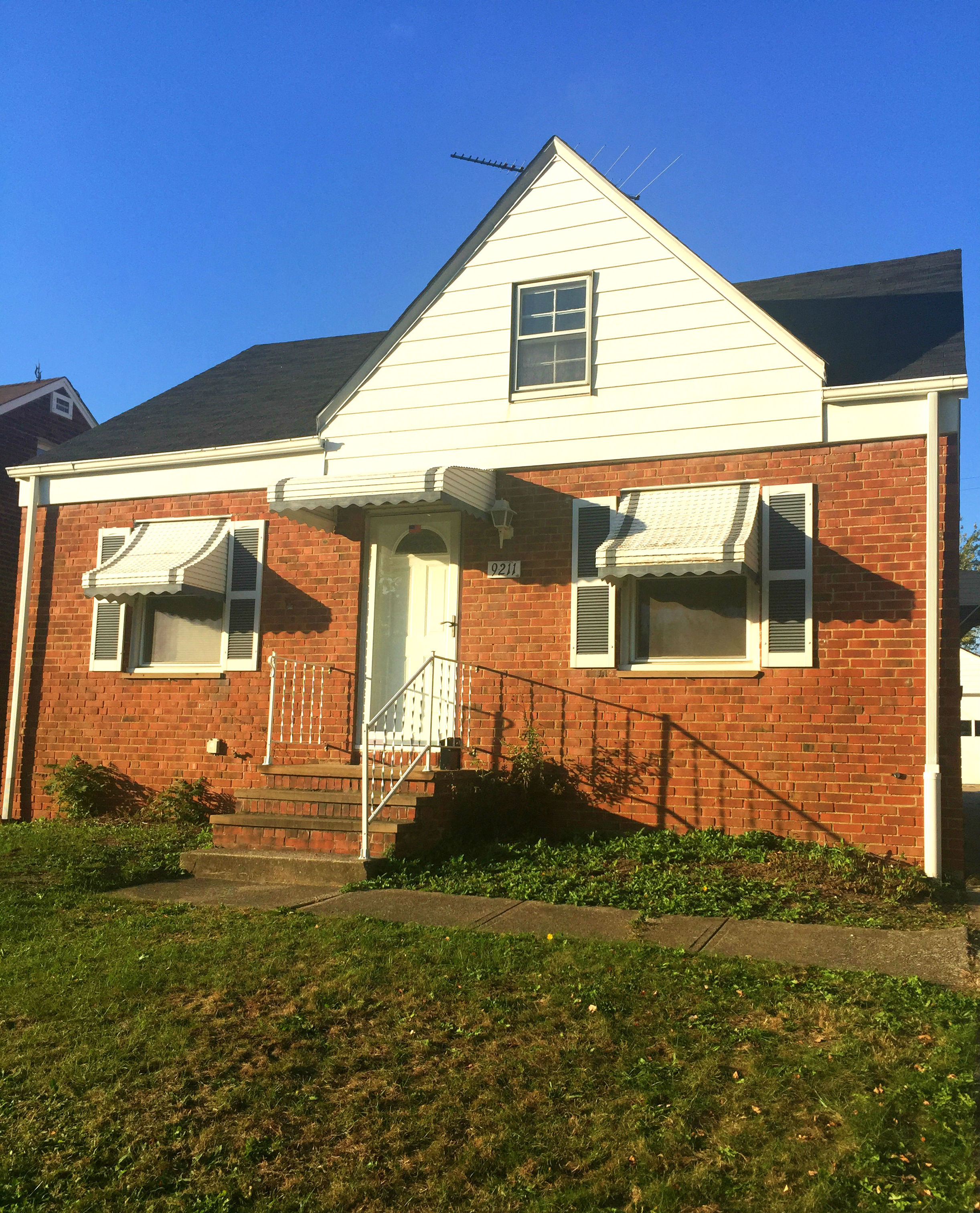 9211 South Highland Ave., Garfield Hts. | 3 bed 1 bath | 1,131 Sq. Ft. | $35,000