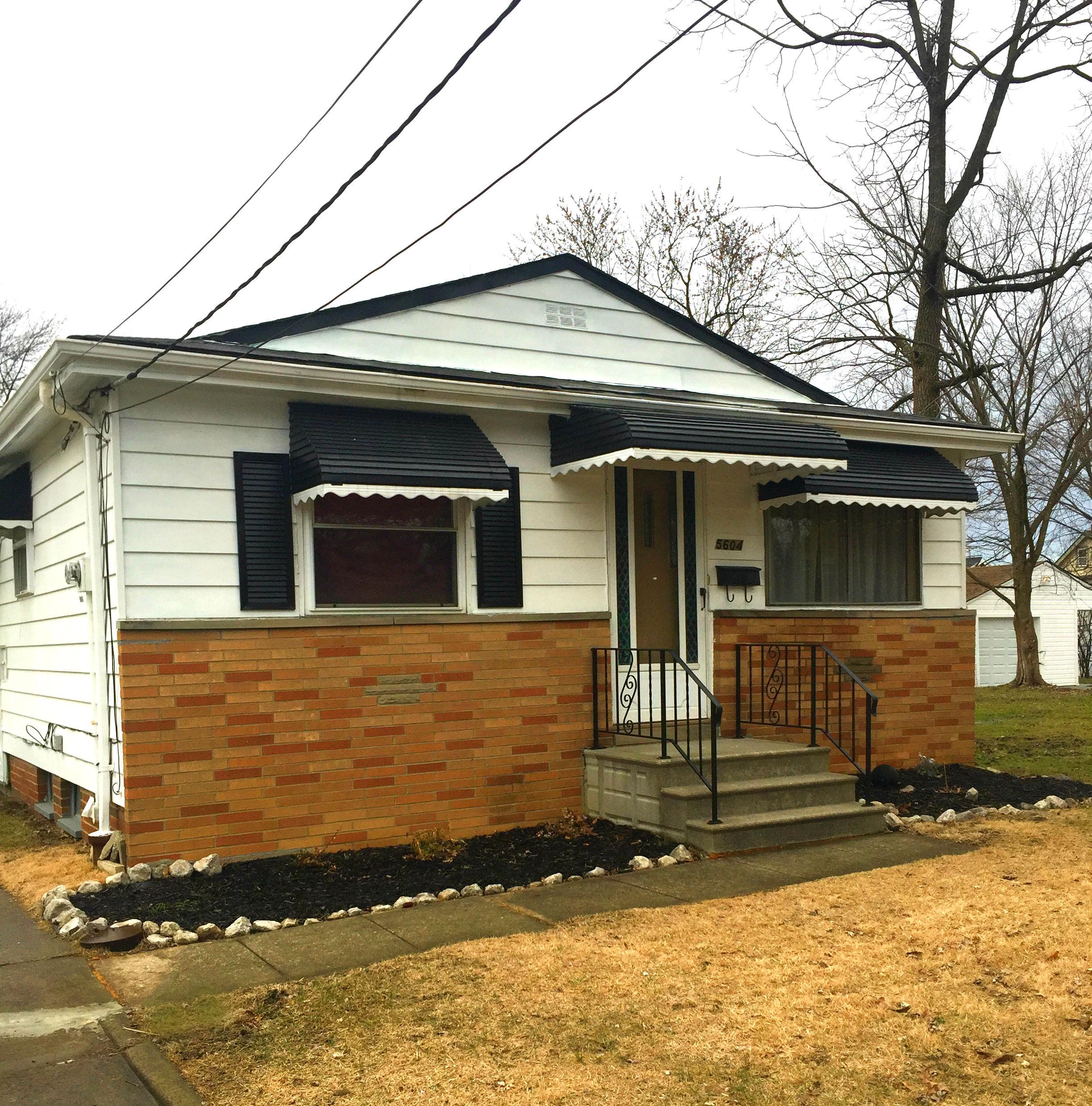 5601 Lafayette Ave., Maple Hts. | 3 bed 1 bath | 960 Sq. Ft. | $36,000