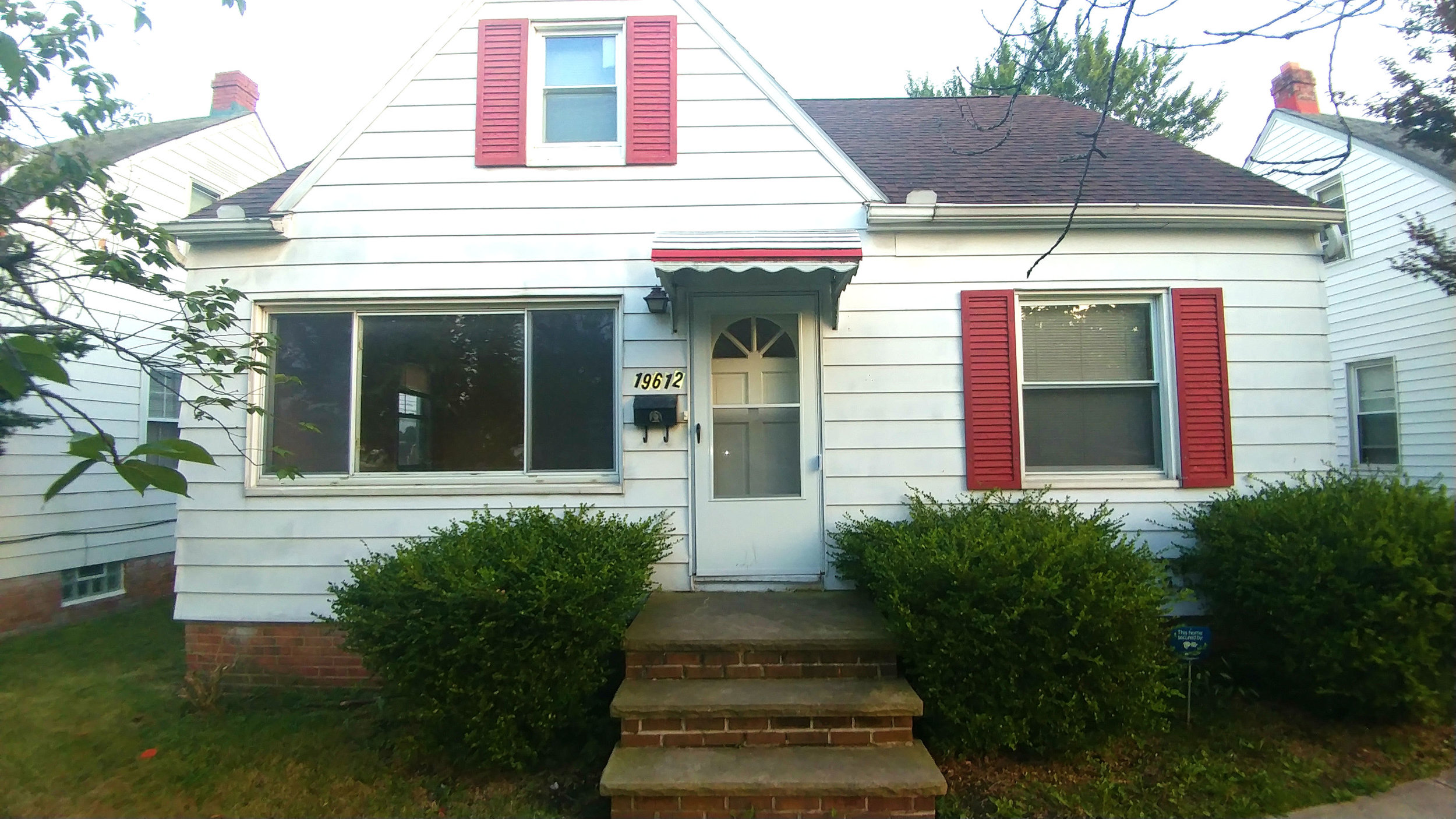 19612 Beverly Ave., Maple Hts. | 3 bed 2 bath | 1,820 Sq. Ft. | $39,000