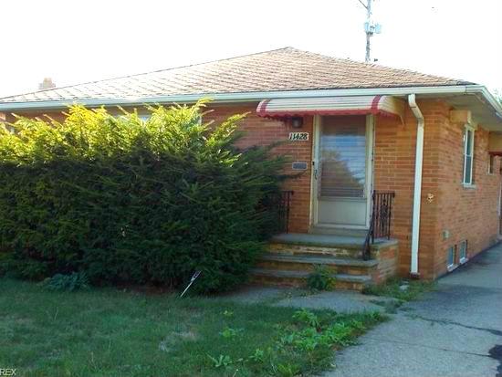 11428 Darlington Ave., Garfield Hts.. | 3 bed 2 bath | 1,176 Sq. Ft. $ 39,200