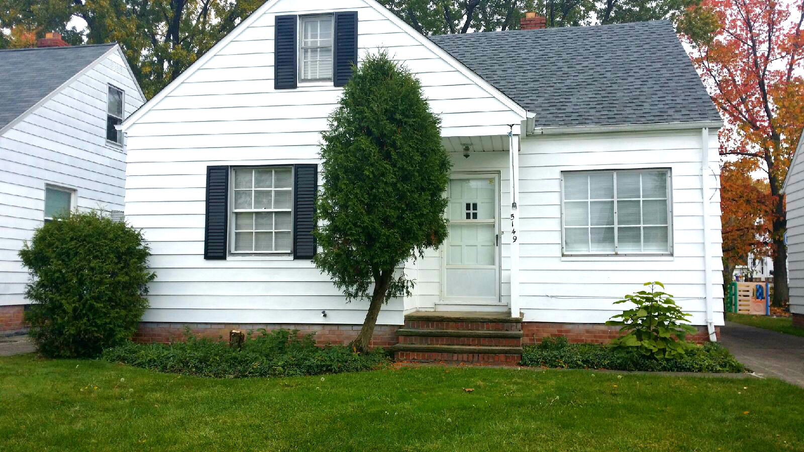 5149 Clement Ave., Maple Hts. | 3 bed 1 bath | 1,128 Sq. Ft. | $52,000