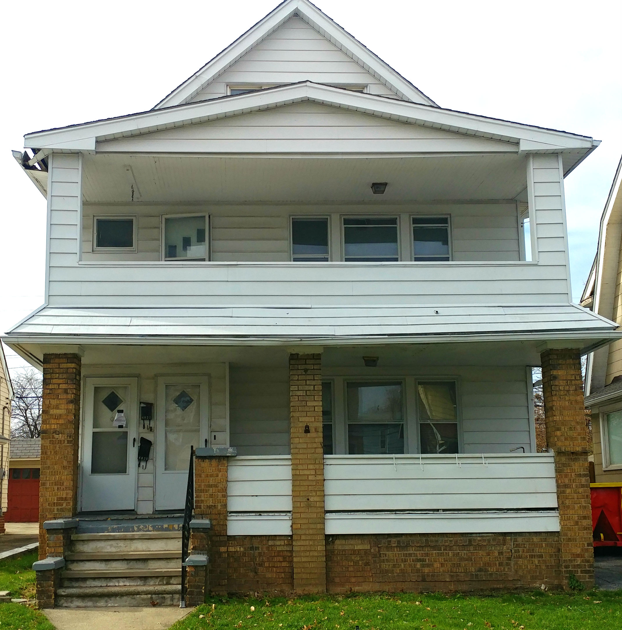 4820 E 84 St., Garfield Hts. | 6 bed 2 bath | 2,726 Sq. Ft. | $52,225