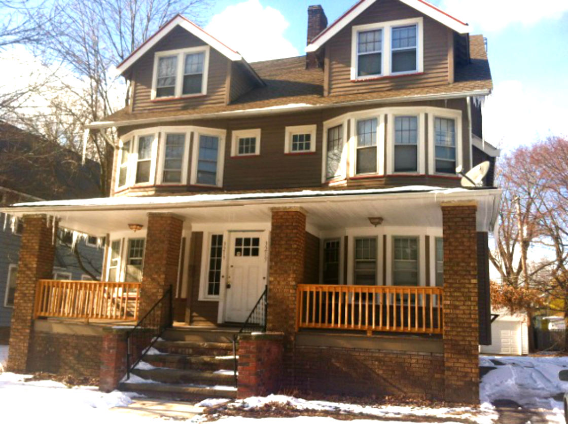 3217 Sycamore Rd., Cleveland Hts. | 10 bed 2 bath | 2,800 Sq. Ft. | $90,000