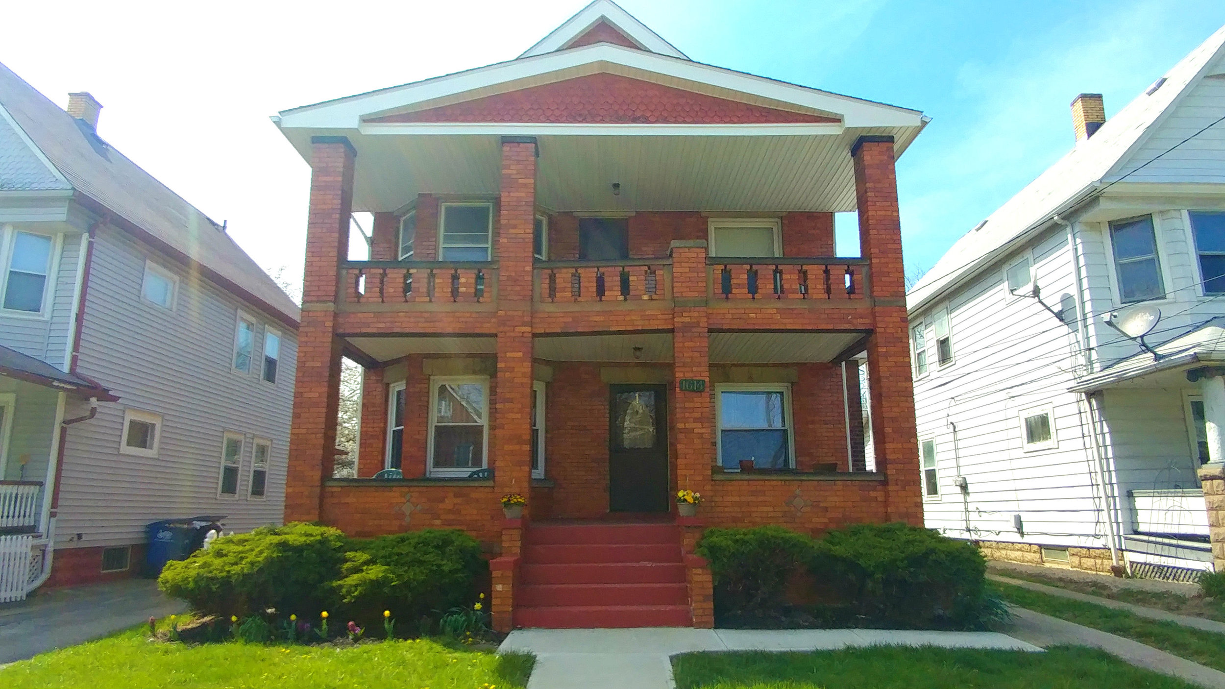 1614 Ridgewood Ave., Lakewood | 4 bed 2 bath | 2,056 Sq. Ft. | $110,00
