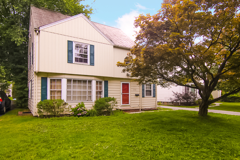 3542 Townley Rd., Shaker Hts. | 4 bed 4 bath | 2,293 Sq. Ft. | $129,900