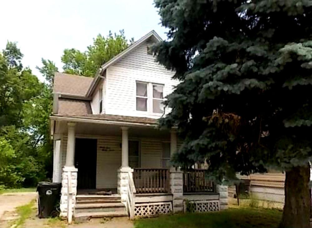 9327 Pratt Ave., Cleveland | 4 bed 2 bath | 1,820 Sq. Ft. | $8,000