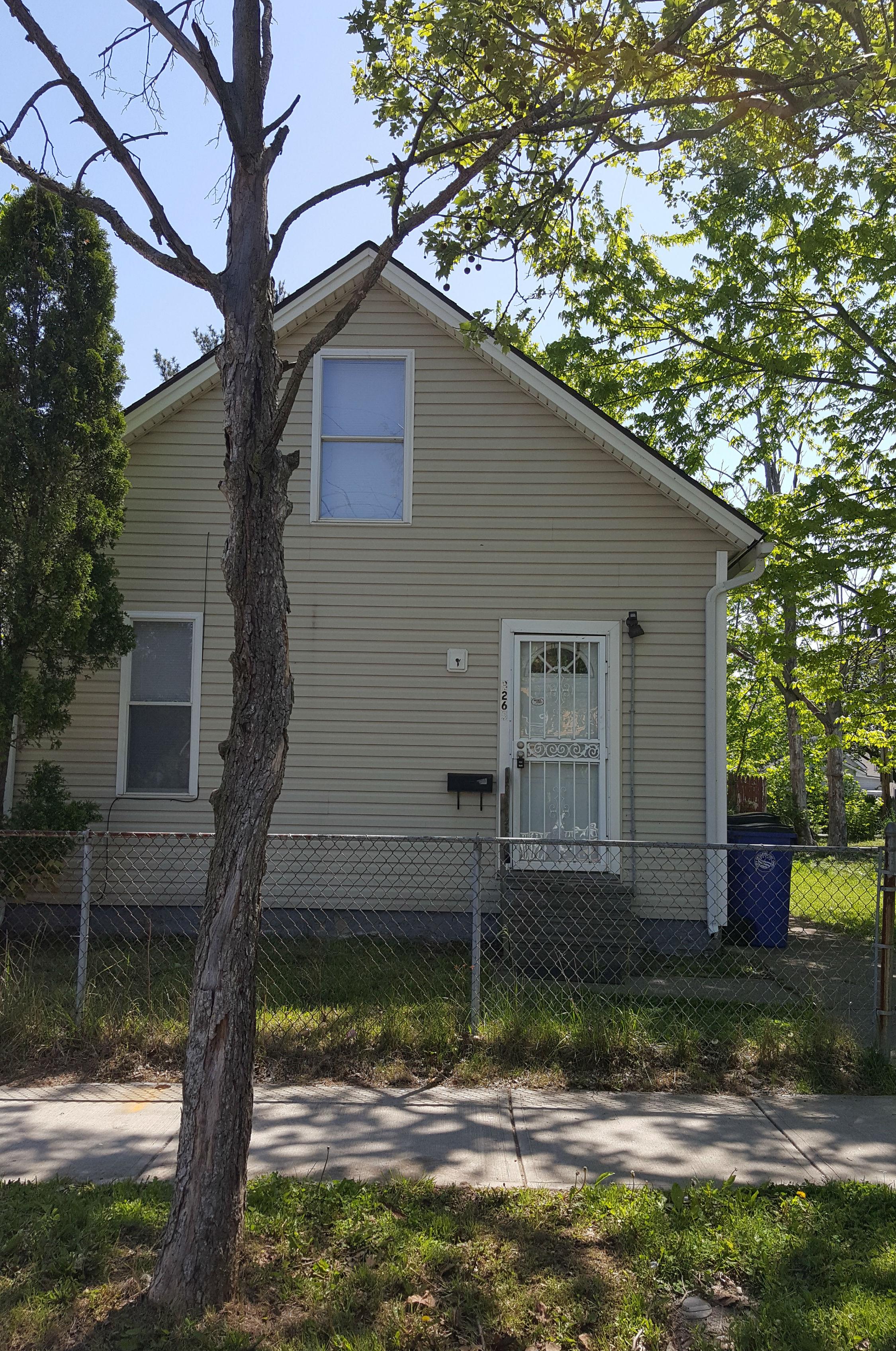 3265 W 44 St., Cleveland | 5 bed 2 bath | 1,320 Sq. Ft. | $35,000