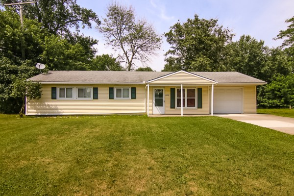 24245 Uppingham, Bedford Hts.  3 bed 1.5 bath | 1,170 Sq. Ft. $94,900