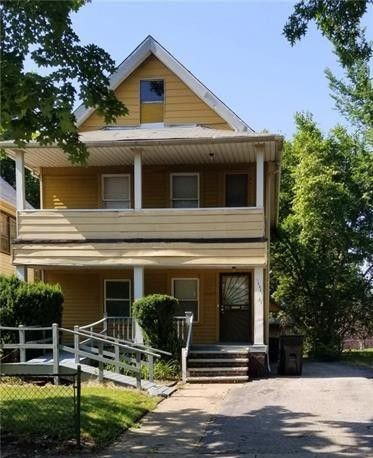 14821 Thames Ave, Cleveland | 4 bed 2 bath | 2112 Sq. Ft. | $49,900