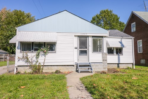 18905 Pawnee Ave, Cleveland | 2 bed 1 bath | 1,012 Sq. Ft. | $49,900