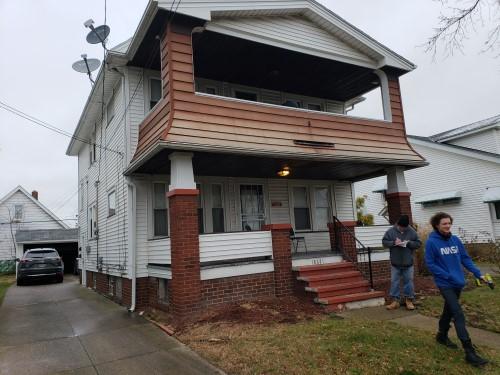 18621 Kewanee Ave, Cleveland  2 bed 2 bath | 1,536 sqft | $60,000