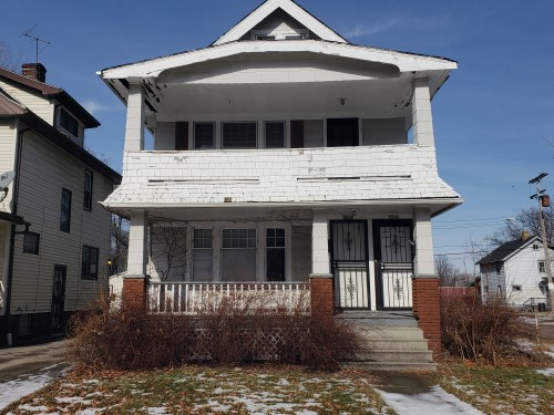 13515 Kelso Ave, Cleveland  4 bed 2 bath | 1,637 sqft | $15,000